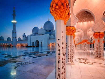 Half-day at Sheikh Zayed Mosque in Abu Dhabi from Dubai